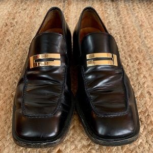 Vintage GUCCI Men's Black and Gold Loafers Sz 10.5